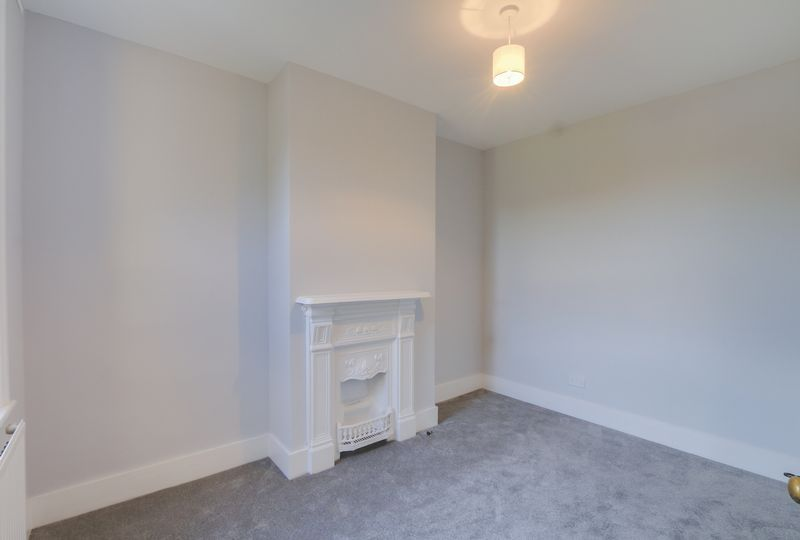 2 bed house to rent in Oakdale Road 9