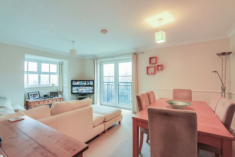 2 bed flat for sale in Hazel Way 2