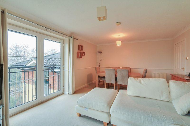 2 bed flat for sale in Hazel Way 3