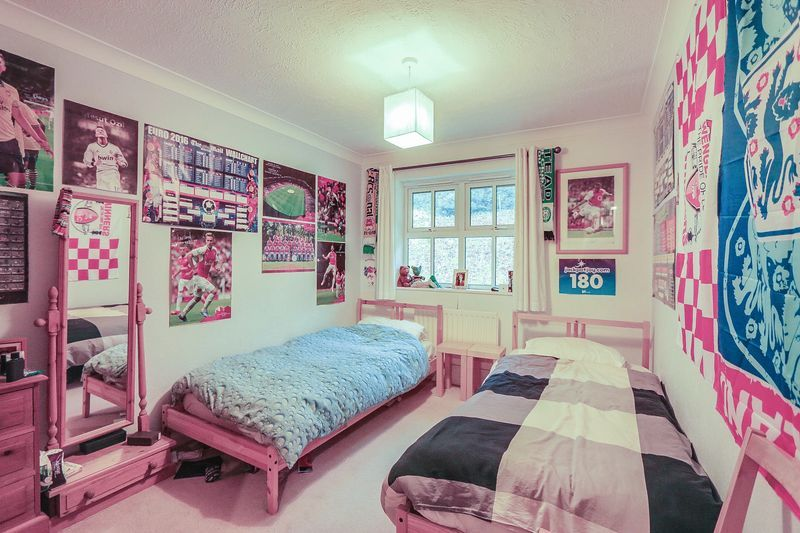 2 bed flat for sale in Hazel Way  - Property Image 6