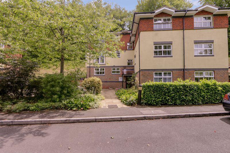 2 bed flat for sale in Hazel Way 9