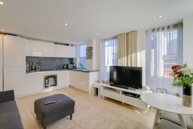1 bed  for sale in 9 The Street  - Property Image 2