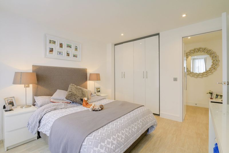 1 bed  for sale in 9 The Street 6