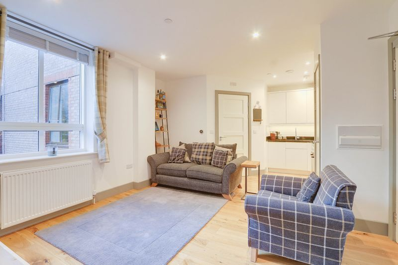 1 bed flat for sale in 57-59 South Street 3