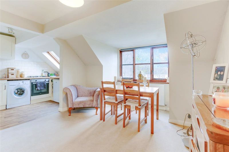 1 bed flat for sale in Worcester Road, SM2