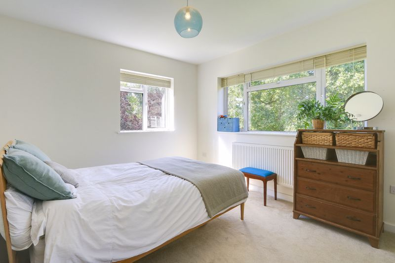 3 bed flat to rent in Axwood  - Property Image 6
