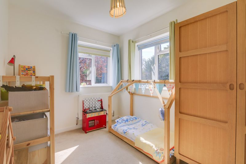3 bed flat to rent in Axwood  - Property Image 8