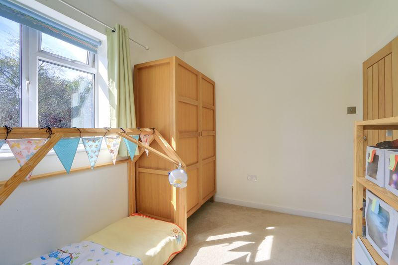3 bed flat to rent in Axwood  - Property Image 9