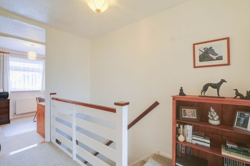 3 bed house for sale in High Beeches 15