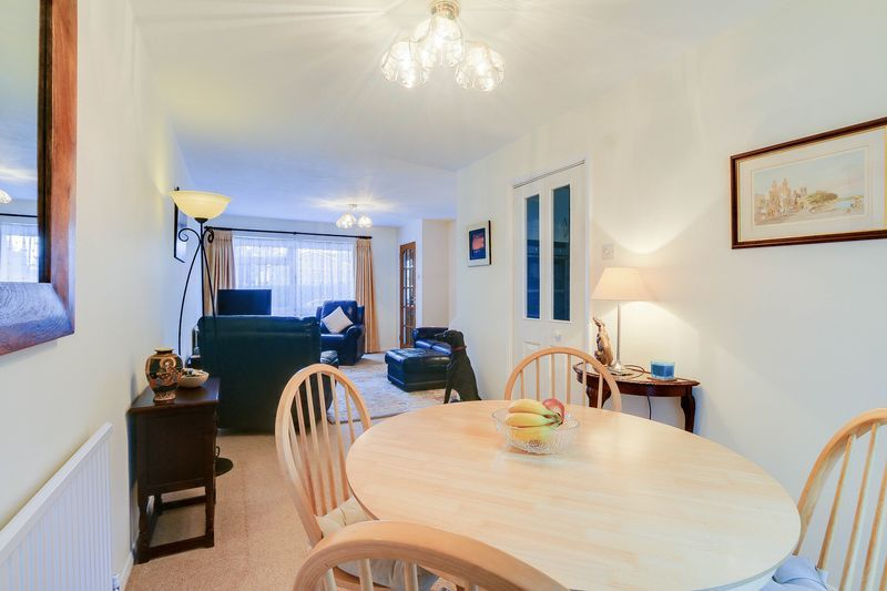 3 bed house for sale in High Beeches 3