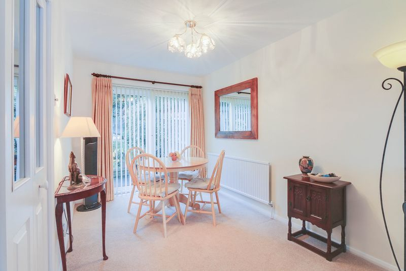 3 bed house for sale in High Beeches 5