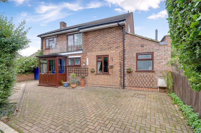 5 bed house for sale in Nork Gardens - Property Image 1