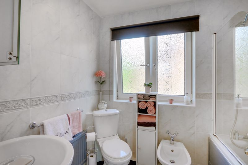 5 bed house for sale in Nork Gardens  - Property Image 14