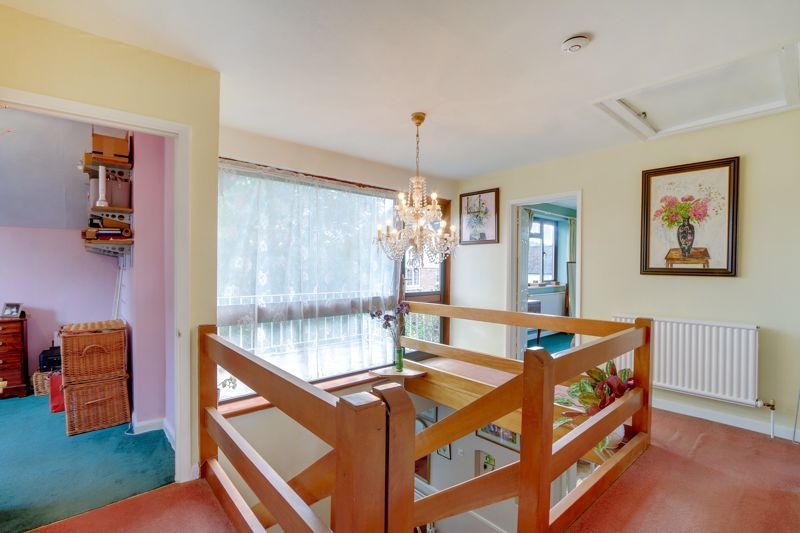5 bed house for sale in Nork Gardens 15