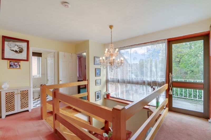 5 bed house for sale in Nork Gardens 16