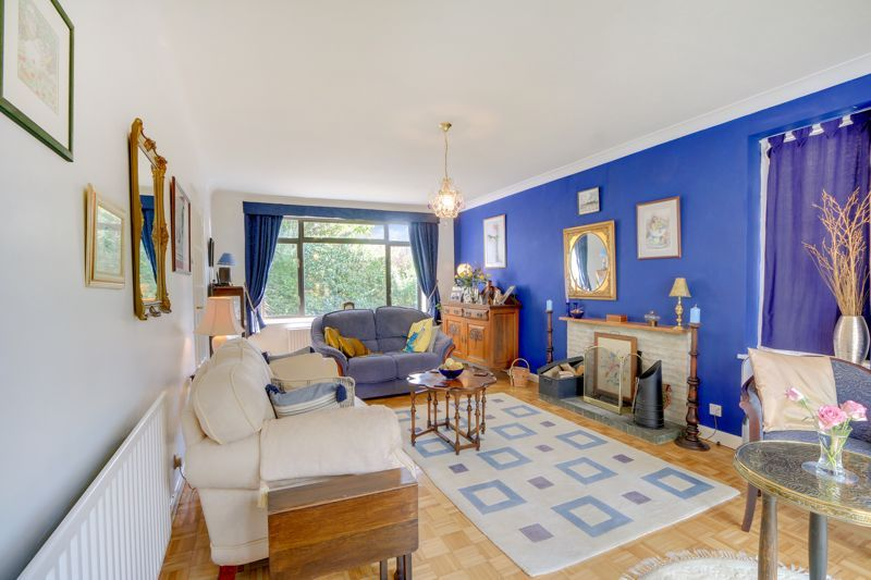5 bed house for sale in Nork Gardens  - Property Image 3