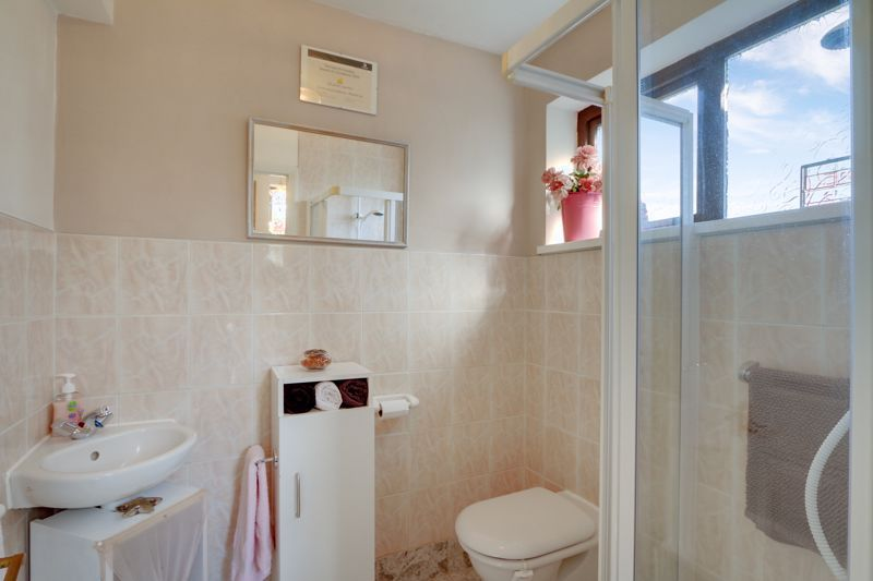 5 bed house for sale in Nork Gardens  - Property Image 22