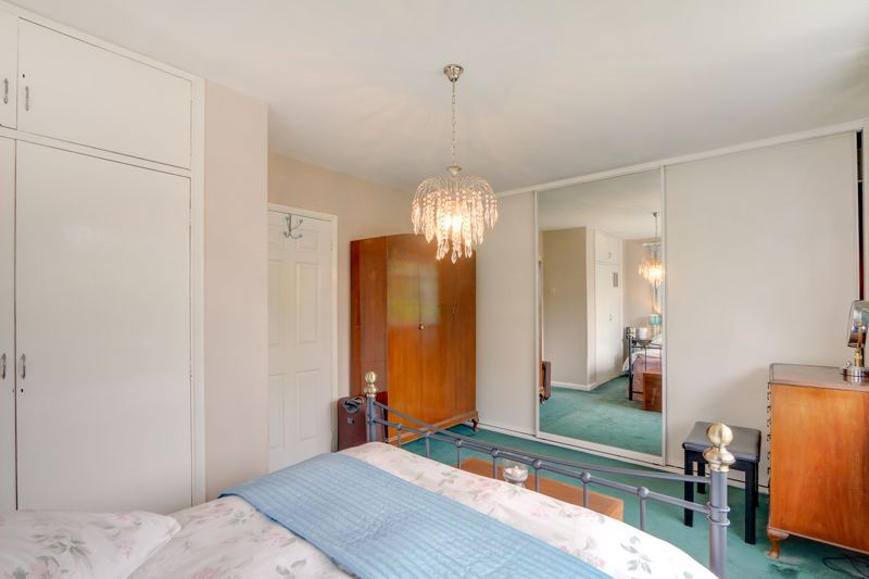 5 bed house for sale in Nork Gardens 9