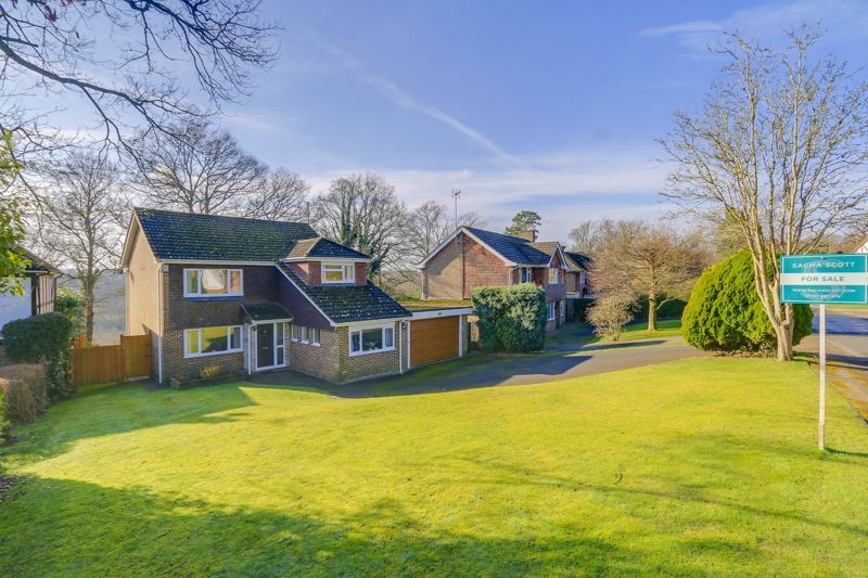 3 bed house for sale in Birch Grove