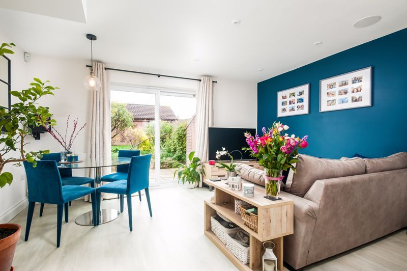 3 bed house for sale in Wildcroft Road - Property Image 1