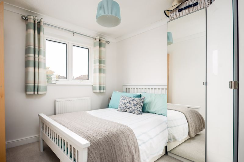 3 bed house for sale in Wildcroft Road  - Property Image 10
