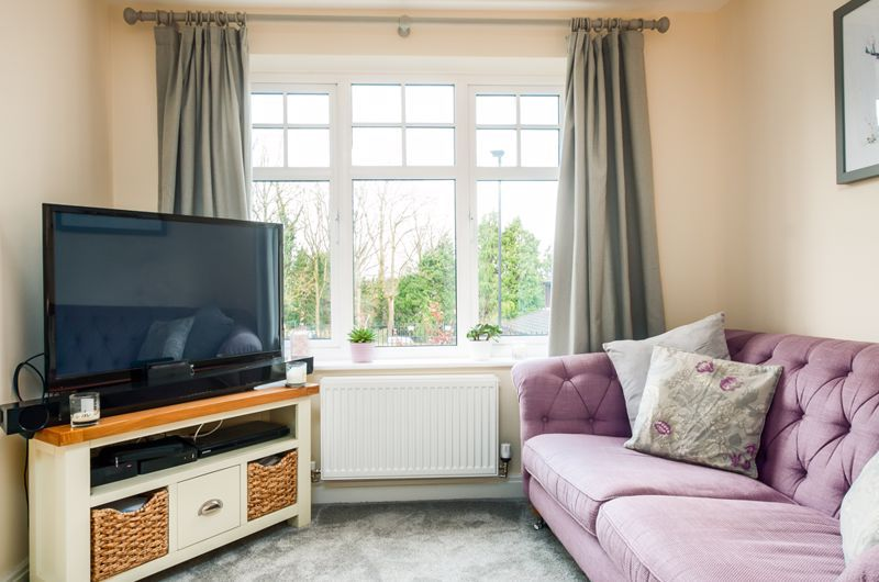 3 bed house for sale in Thornfield Road  - Property Image 2