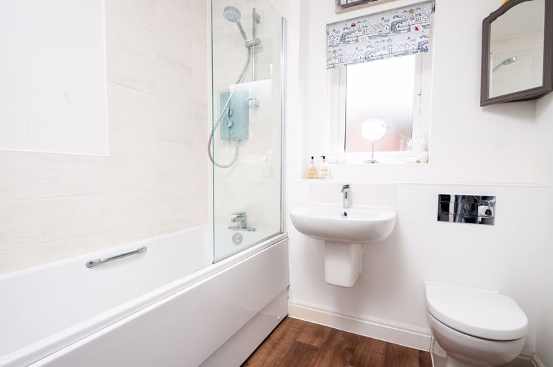 3 bed house for sale in Thornfield Road  - Property Image 11