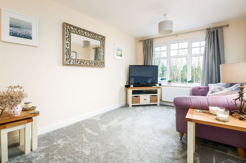 3 bed house for sale in Thornfield Road  - Property Image 3