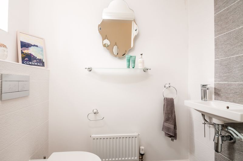 3 bed house for sale in Thornfield Road  - Property Image 7