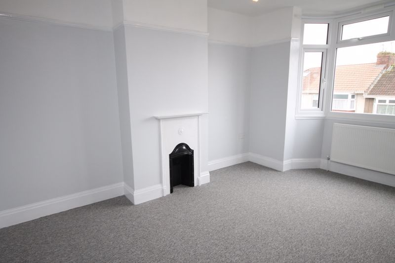 3 bed house to rent in Cadogan Road 5