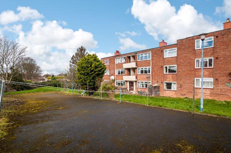 2 bed flat for sale in Maskelyne Avenue  - Property Image 13