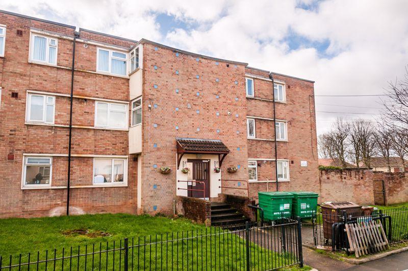 2 bed flat for sale in Maskelyne Avenue  - Property Image 14