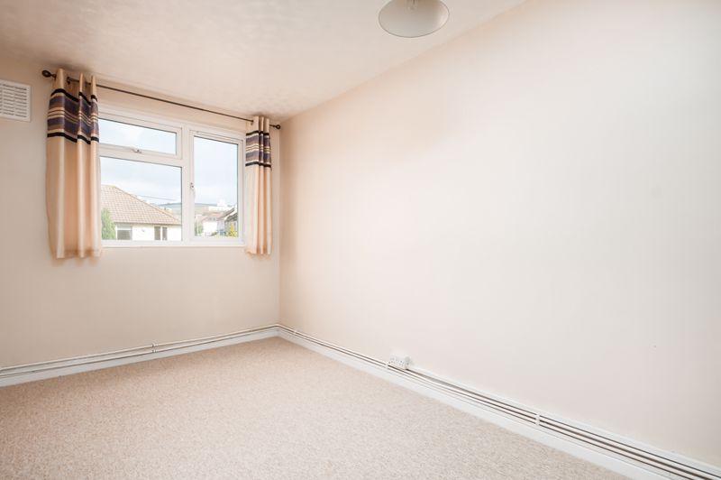 2 bed flat for sale in Maskelyne Avenue  - Property Image 8