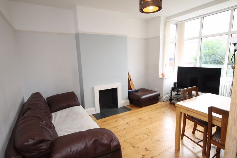 4 bed house to rent in Beverley Road, BS7