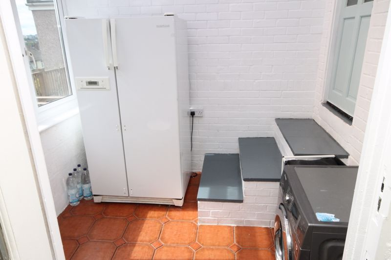 3 bed house to rent in South Hayes 15
