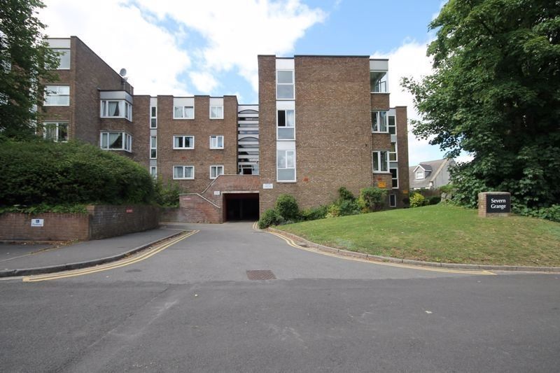 2 bed flat to rent in Ison Hill Road, BS10