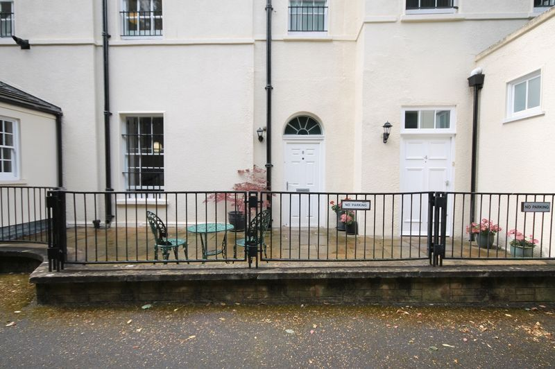 2 bed flat for sale in Cornwallis Grove  - Property Image 18