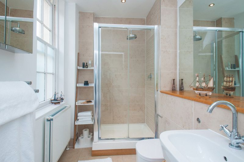 2 bed flat for sale in Cornwallis Grove  - Property Image 9