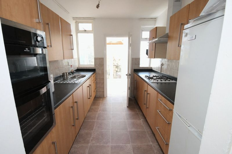3 bed house to rent in Ashley Down Road 4