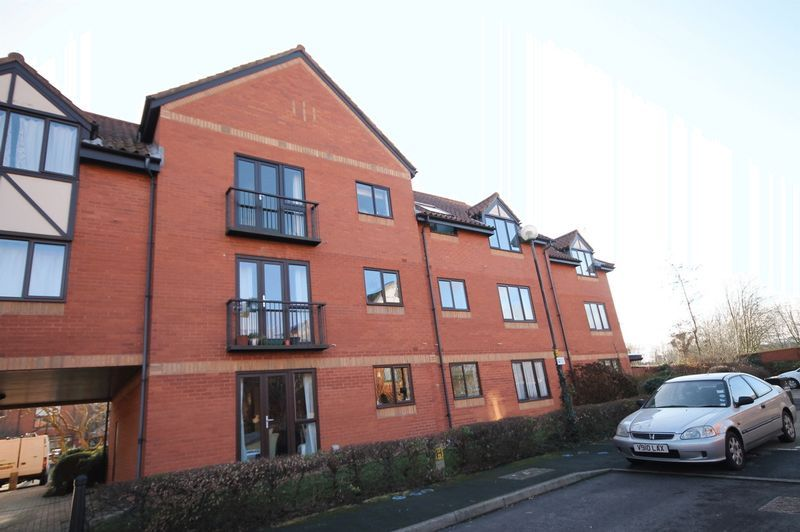 1 bed flat for sale in Canada Way  - Property Image 9