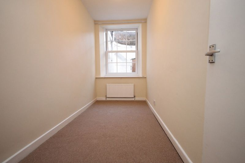 2 bed flat to rent in Hotwell Road 5