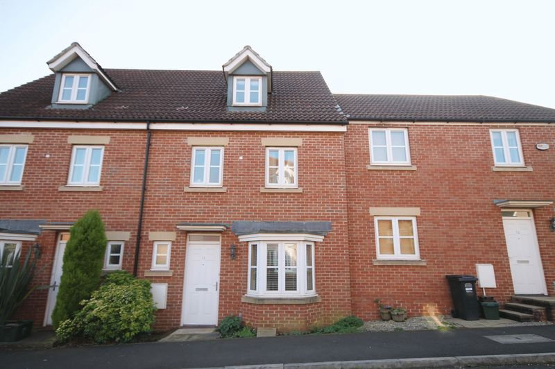 4 bed house to rent in Blackcurrant Drive 9