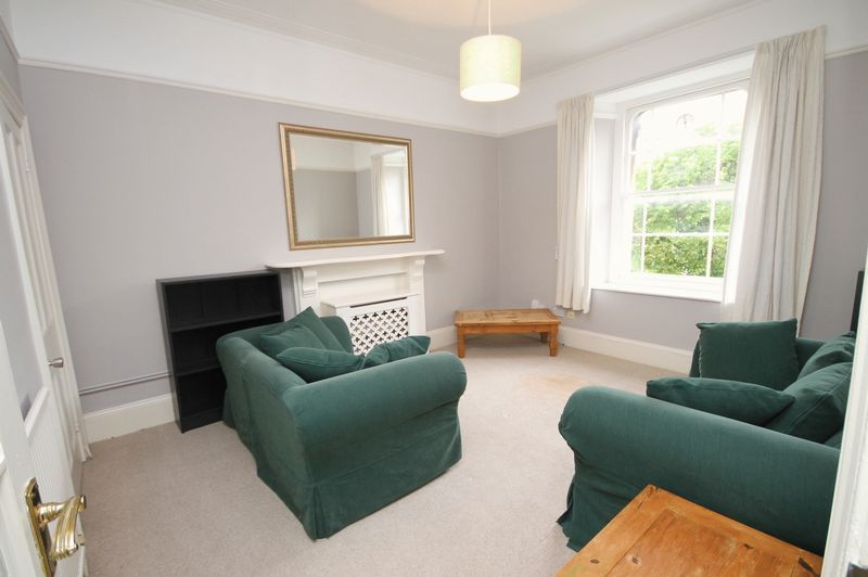 2 bed flat to rent in Chertsey Road, BS6
