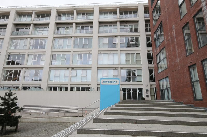 1 bed flat for sale in Skypark Road, BS3