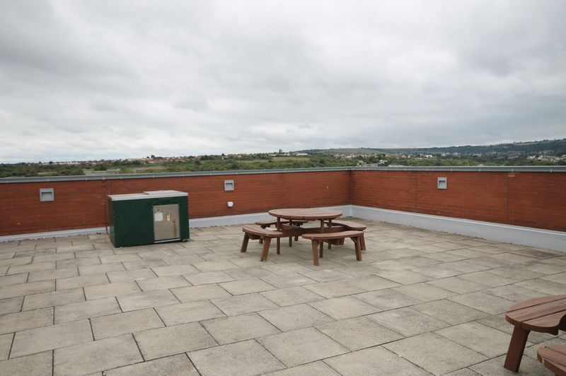1 bed flat for sale in Skypark Road 6