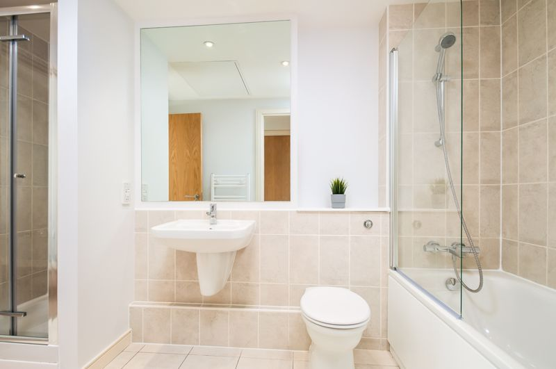 2 bed flat to rent in Broad Weir  - Property Image 4
