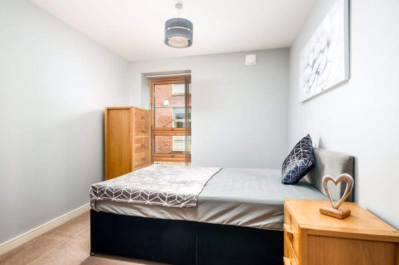 2 bed flat to rent in Broad Weir  - Property Image 6
