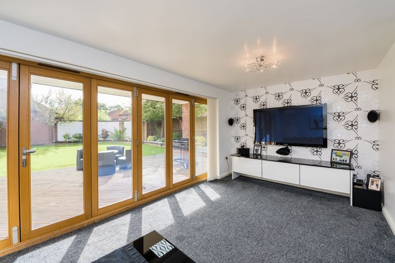 3 bed house for sale in Fallodon Way  - Property Image 2