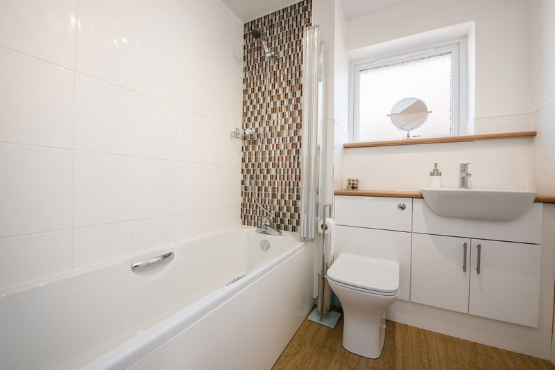 3 bed house for sale in Fallodon Way  - Property Image 11