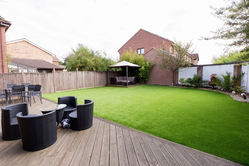 3 bed house for sale in Fallodon Way 13